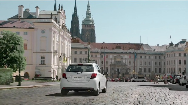 New Toyota Yaris Hybrid | The Musical City_00034